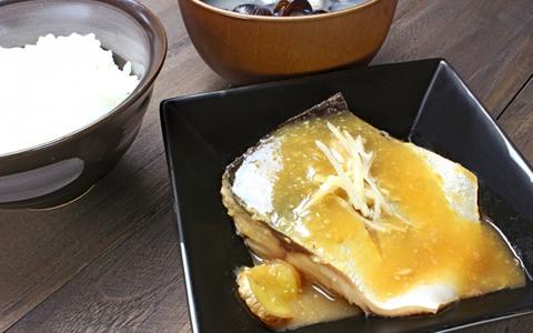 【さばの味噌煮/付け合わせ/献立】鯖の味噌煮に合うおかずと料理、人気・定番・簡単なレシピの副菜特集「サバの味噌煮に、もう1品!定番のさばの味噌煮・セットは、ご飯とお味噌汁、漬物!」