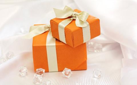 高校生&中学生、彼氏彼女のクリスマスのプレゼント事情