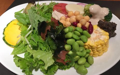 【ハンバーグに合うサラダの付け合わせ~サラダの献立~】夕飯の献立!ハンバーグに合うサラダ、レシピの決定版「定番・簡単・人気のおかずは、ポテトサラダ!レタス、トマト、ブロッコリーの野菜サラダが一番人気」