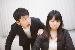 会社や職場で使う本音と建前、お世辞と社交辞令あるあるの特集