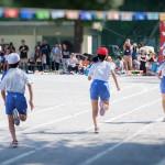 【子供/走る/練習方法】小学生・中学生の子供が、運動会や徒競走で速く走る方法&コツ「脱運動音痴!足の遅い子供は、速く走るフォームを知らない!?運動会の徒競走や50メートル走の練習方法を解説」