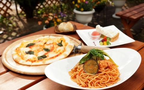 ピザの献立と付け合わせ、ピザに合う料理&おかず