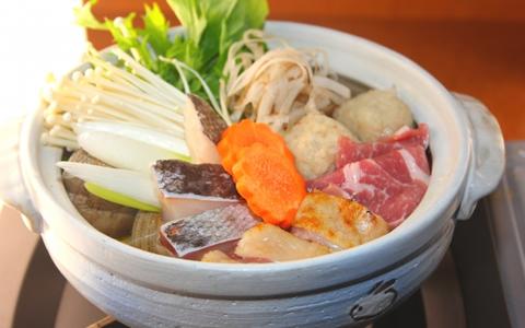 【ちゃんこ鍋/具材】おすすめ!人気・定番・簡単!ちゃんこ鍋に合う具材とレシピ「ちゃんこ鍋の具材ランキング!もう1品、食材を加えて美味しいもつ鍋を!」