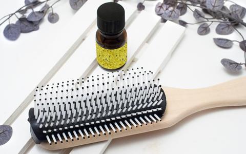 頭の髪の毛がハゲる原因と若ハゲになる人の生活習慣