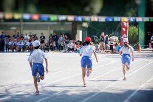 小学生・中学生の子供が、運動会や徒競走で速く走る方法&コツ
