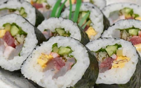 [海苔巻き/付け合わせ、おかず&献立] 海苔巻きに、もう1品!おすすめ!定番・人気・簡単レシピ!海苔巻きに合う料理&おかずは?