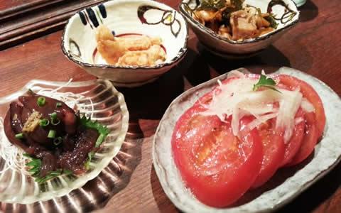 【冷やしトマト/付け合わせ、おかず&献立】定番・人気・簡単レシピ!冷やしトマトに合う料理&他のおかず、美味しくなる副菜レシピ「冷やしトマトの献立に、もう1品!何を付け加える?冷やしトマトと夕飯の献立・副菜」