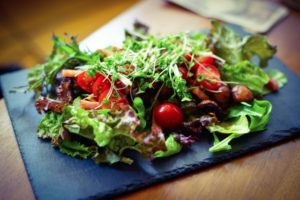 トマトの野菜サラダ