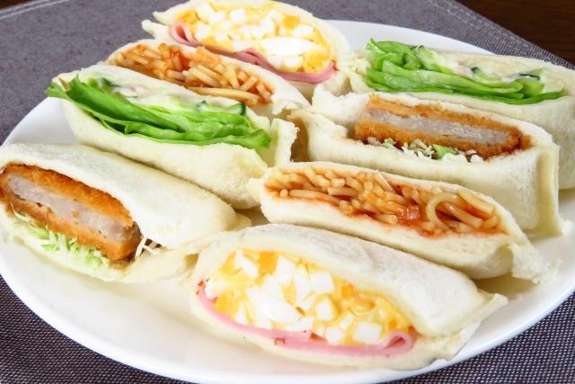 【絶品サンドイッチ弁当/中身の具材、うますぎる人気の具】男性の好きなサンドイッチの種類&中身の具材から選ぶ!喜ばれるサンドイッチの作り方~ランキング上位3種の具を上手に使ったサンドイッチのメニュー構成~