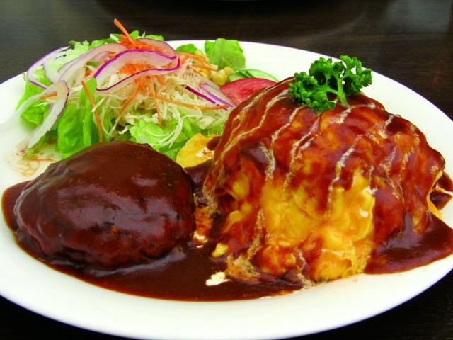【簡単/オムライスに合うサラダの献立&付け合わせのレシピ】オムライスと合わせる人気サラダの付け合わせ&定番レシピ、副菜「夕飯&お昼飯のサラダはコールスローやツナサラダが、おすすめ!」