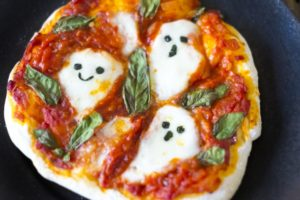 ピザ、ハロウィン用盛り付け