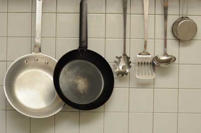 【タイルシール/タイル壁の掃除頻度&回数、洗剤選びと掃除道具】キッチンのタイル壁の掃除の仕方~掃除時期&掃除回数と洗剤選び、掃除道具~