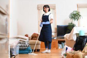フローリング掃除とペーパーモップ