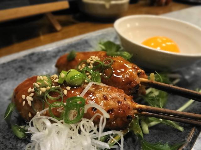 [鶏のつくね/付け合わせ、おかず&献立] 定番・人気・簡単レシピ!鶏のつくねに合う料理&おかず、美味しくなる副菜レシピ「鶏のつくねは、居酒屋、焼き鳥屋風の献立に!」