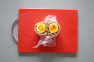 煮卵のおにぎりの付け合わせ