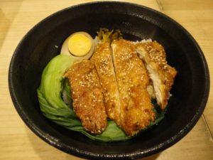煮卵&半熟卵(味玉)と鶏肉飯、照り焼きチキン丼