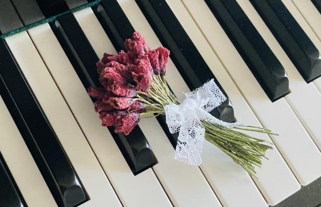 【お見舞い/避けるべき花】花を贈る事が迷惑・タブーである理由~密閉されたブリザードフラワーやボトルフラワー、ハーバリウムのみ持込可能~