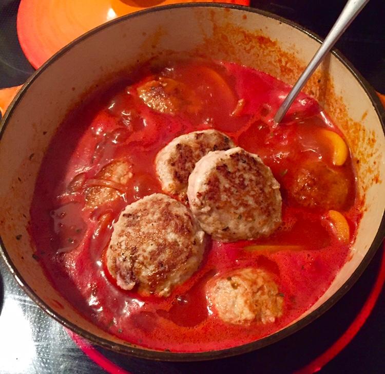 ハンバーグとトマト煮込みの常温・冷蔵・冷凍の日持ち&賞味期限