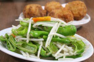 もやし副菜と「しし唐」:シシトウ炒め