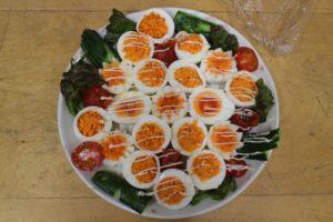 茹で卵のサラダ